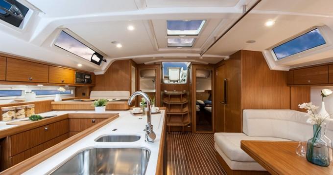 Rental yacht Biograd na Moru - Bavaria Cruiser 56 on SamBoat