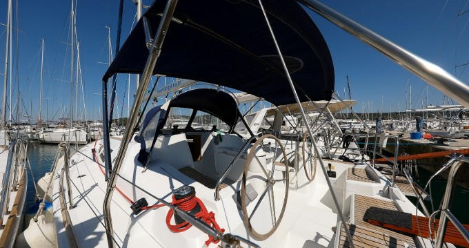 Boat rental Jeanneau Sun Odyssey 39i in Sukošan on Samboat