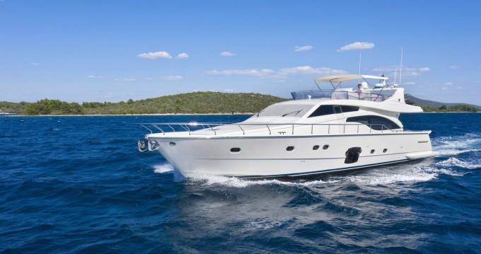 Rental yacht Rijeka - Ferretti Ferretti Yachts 681 on SamBoat