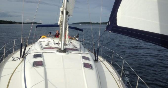 Boat rental Bavaria Bavaria 46 Cruiser in Sweden on Samboat