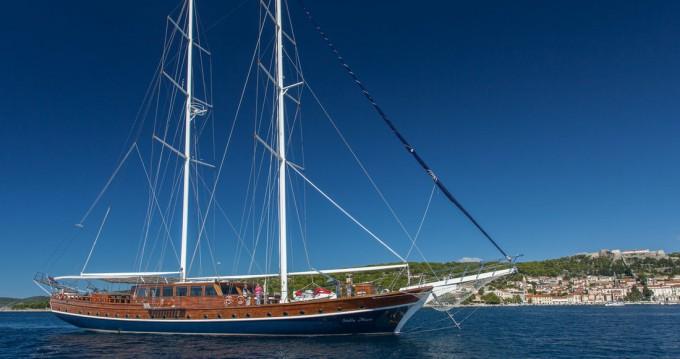 Boat rental Recep Sokman, Turkey Stella Maris in Split on Samboat