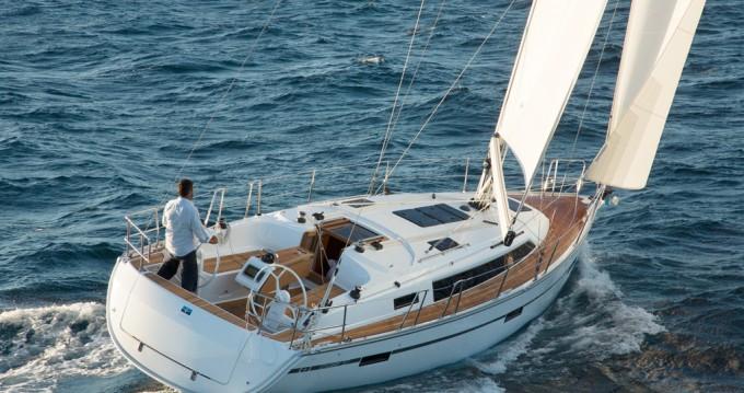 Rental yacht Lefkada (Island) - Bavaria Cruiser 37 on SamBoat