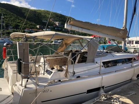 Rental Sailboat in Anse Marcel - Dufour Dufour 412 Grand Large