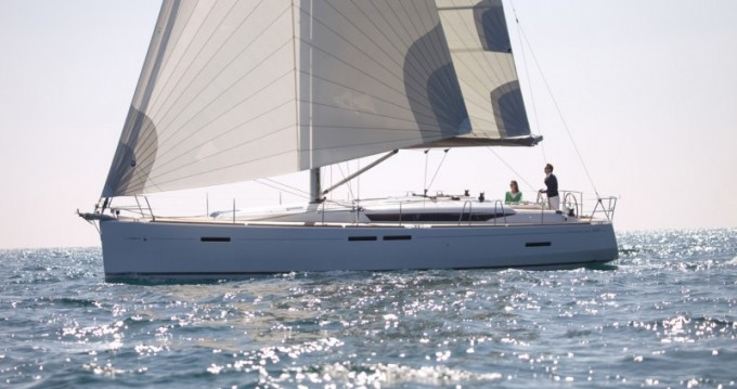 Jeanneau Sun Odyssey 449 between personal and professional Pomer