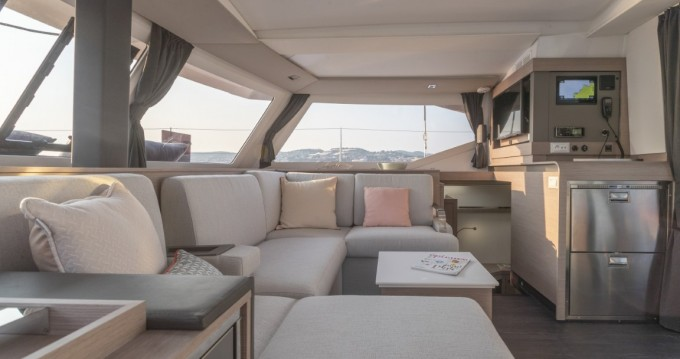 Fountaine Pajot Fountaine Pajot Isla 40 - 4 + 1 cab. between personal and professional Seget Donji