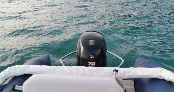 Boat rental Bombard Explorer 550 Open Pack in Annecy on Samboat