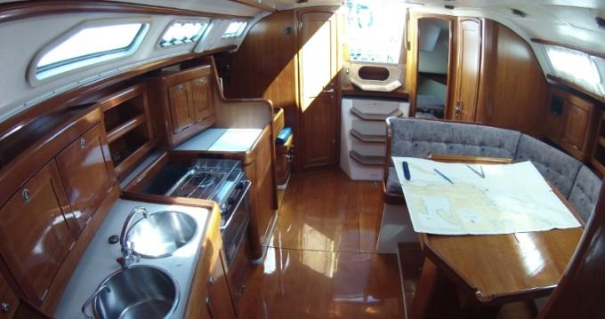 Rental yacht Betina - Elan Elan 38 on SamBoat