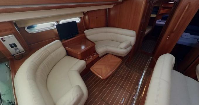 Boat rental Jeanneau Sun Odyssey 54 DS in Betina on Samboat