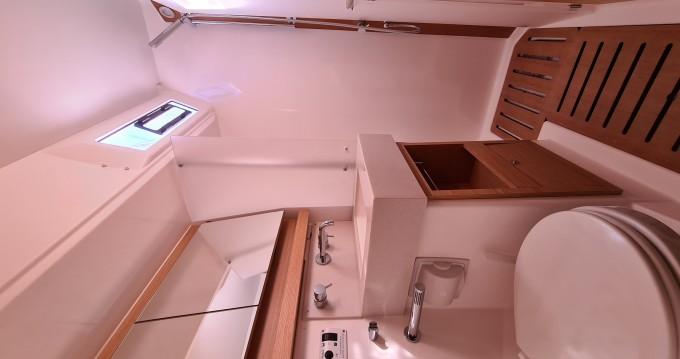 Rental yacht Alimos - Dufour Dufour 530 on SamBoat