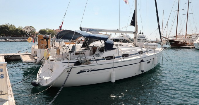 Rental Sailboat in Zadar - Bavaria Bavaria 37 Cruiser