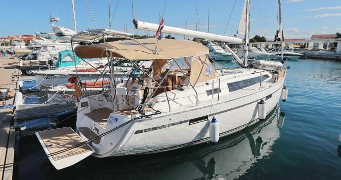 Boat rental Zadar cheap Cruiser 37