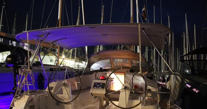 Boat rental Zadar cheap Cruiser 41