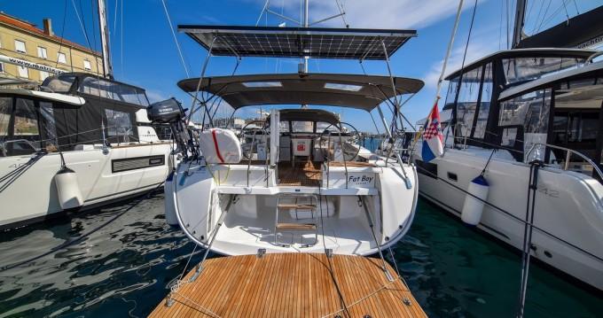 Boat rental Zadar cheap Cruiser 56