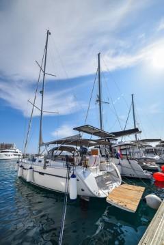 Boat rental Bavaria Cruiser 56 in Zadar on Samboat