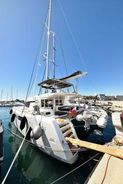 Rental Catamaran in Zadar - Lagoon Lagoon 52 F
