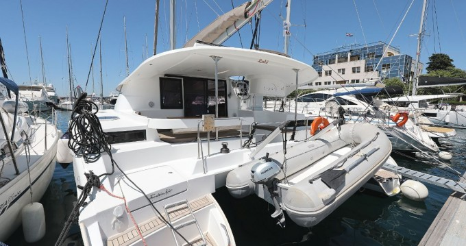 Rent a Fountaine Pajot Lipari 41 - 4 + 2 cab. Zadar