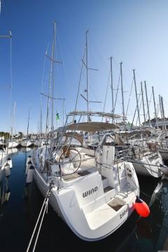 Bénéteau Oceanis 40 between personal and professional Zadar