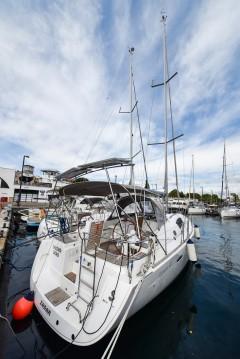Boat rental Bénéteau Oceanis 40 in Zadar on Samboat