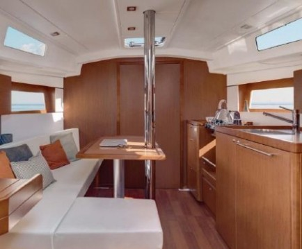 Bénéteau Oceanis 38.1 between personal and professional Fethiye