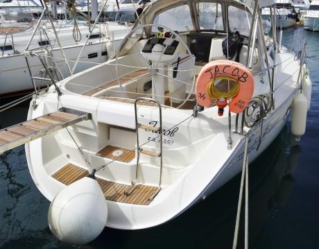 Rental yacht Alimos - Jeanneau Sun Odyssey 37.1 on SamBoat