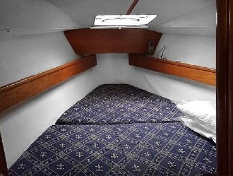 Boat rental Jeanneau Sun Odyssey 37.1 in Alimos on Samboat
