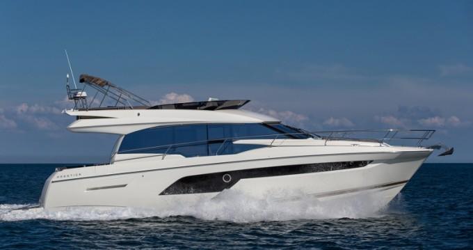 Rent a Jeanneau Prestige 520 Flybridge Split