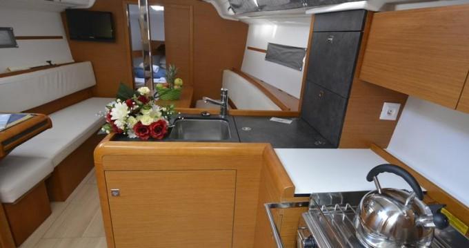 Boat rental Jeanneau Sun Odyssey 349 in Pula on Samboat