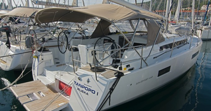 Jeanneau Sun Odyssey 440 between personal and professional Split