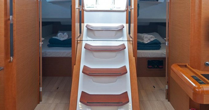 Rental Sailboat in Split - Jeanneau Sun Odyssey 469