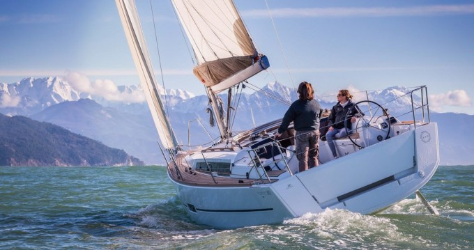 Boat rental Primošten cheap Dufour 310