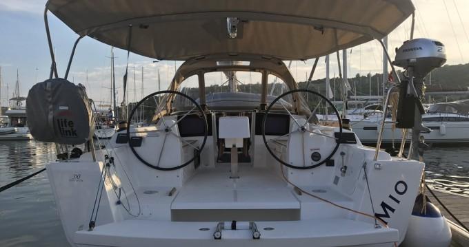 Rental yacht Primošten - Dufour Dufour 310 on SamBoat