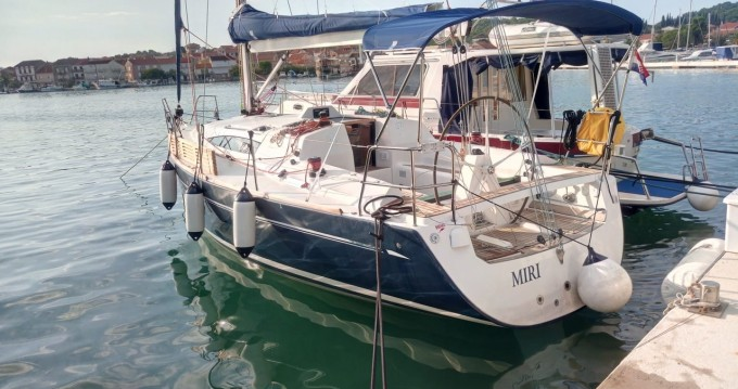 Hire Sailboat with or without skipper Elan Rogoznica