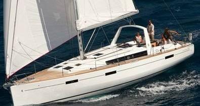 Rental Sailboat in Gouvia - Bénéteau Oceanis 45