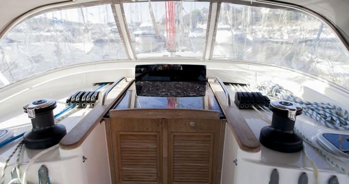 Boat rental Delphia Delphia 47 - 4 cab. in Šibenik on Samboat
