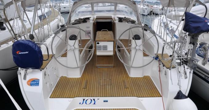 Rental yacht Pirovac - Bavaria Cruiser 40 on SamBoat