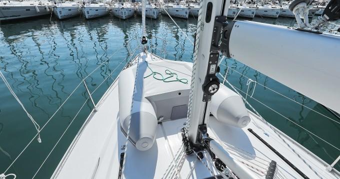 Rental yacht Biograd na Moru - Bavaria Cruiser 41 on SamBoat
