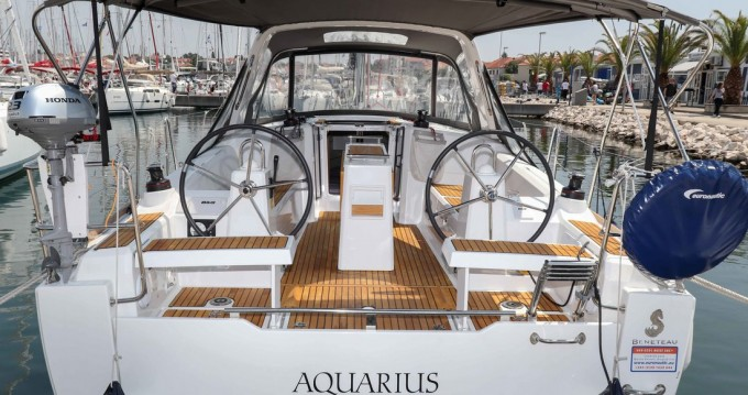 Rental Sailboat in Biograd na Moru - Bénéteau Oceanis 35