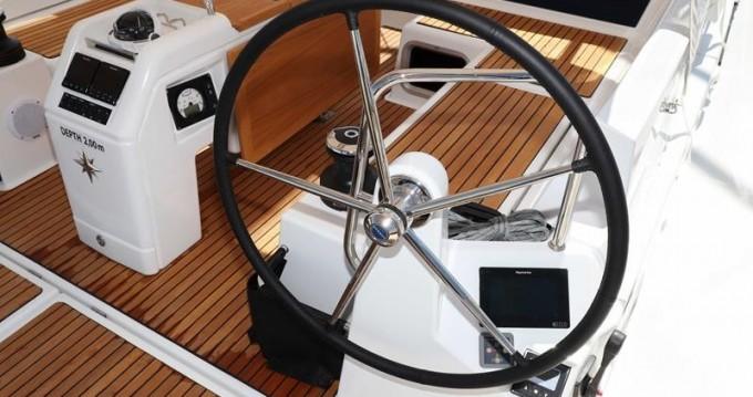 Boat rental Jeanneau Sun Odyssey 440 in Pirovac on Samboat
