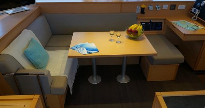 Rental yacht Lefkas Egremni - Lagoon Lagoon 400 S2 on SamBoat