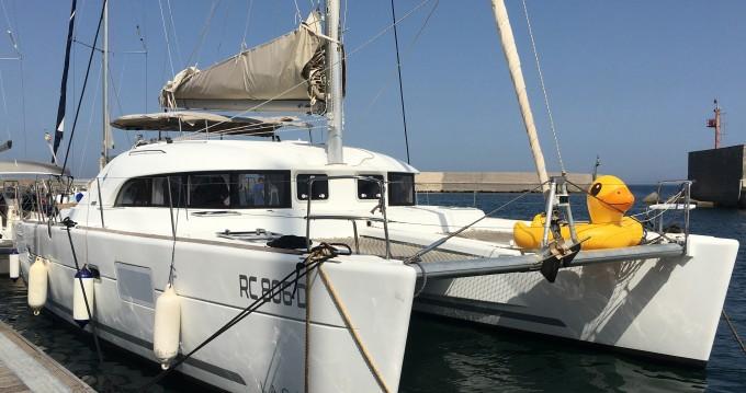 Boat rental Palermo cheap Lagoon 380