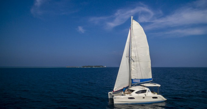 Hire Catamaran with or without skipper Leopard Male