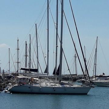 Rental yacht Alimos - Jeanneau Sun Odyssey 52.2 on SamBoat
