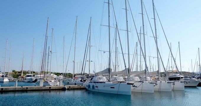 Rental yacht Lávrio - X-Yachts X4⁶ on SamBoat