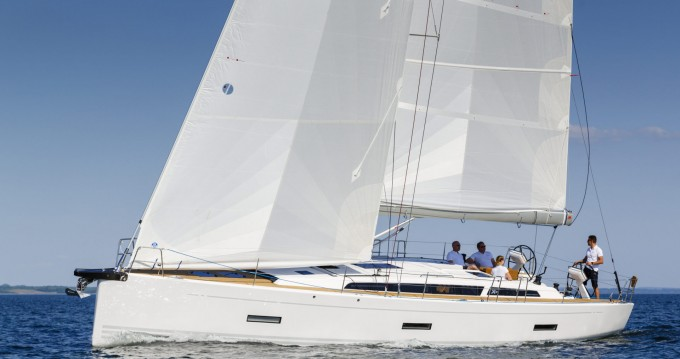 X-Yachts X4⁹ between personal and professional Lávrio