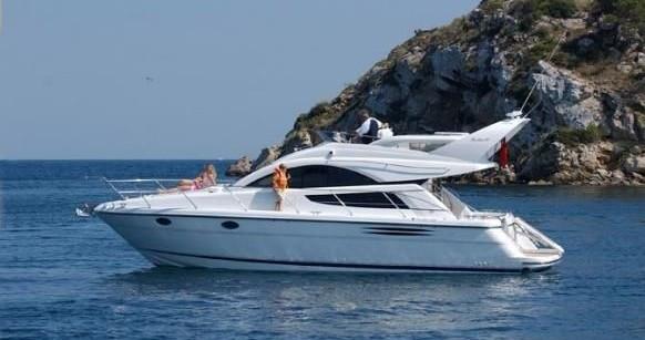 Rental Motorboat in Mykonos (Island) - Fairline Fairline Phantom 40