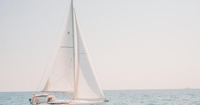 Boat rental Lefkada (Island) cheap Sun Odyssey 449