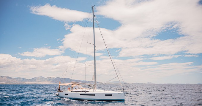 Hire Sailboat with or without skipper Jeanneau Rhodes