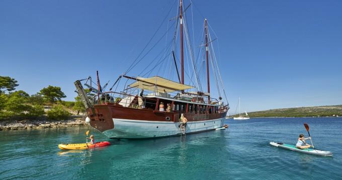 Boat rental Stobreč cheap M/S Romanca