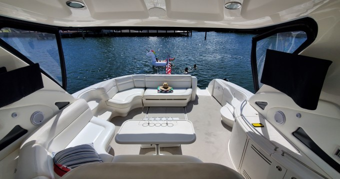 Sea Ray Sea Ray 220 Sundancer between personal and professional Fort Lauderdale