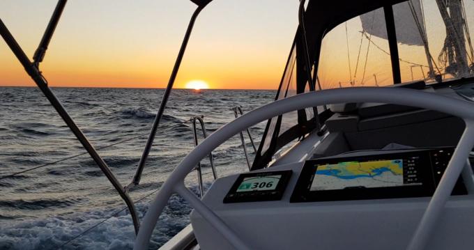 Boat rental Saint-Cyprien cheap Oceanis 46.1